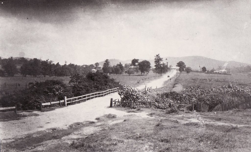 AS7 Three Mile Scrub Road c.1920