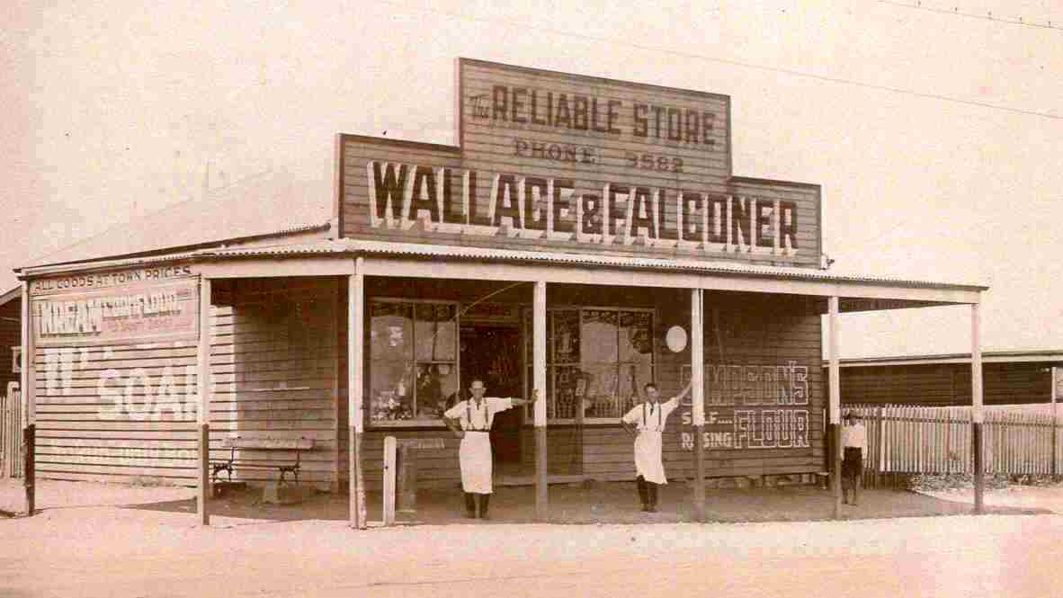 AS4 Wallace & Falconer's store, 1914